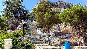Ступеньки. ведущие к церкви Пророка Ильи, Церковь Пророка Ильи, Протарас, Кипр