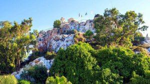 Общий вид снизу на церковь Пророка Ильи, Церковь Пророка Ильи, Протарас, Кипр